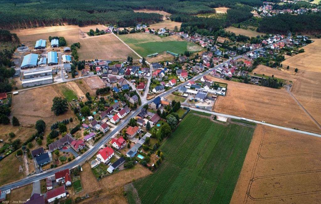 Luftbild vom Dorf